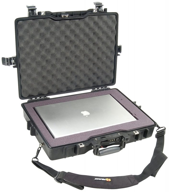 14cd0fc1077b5 Walizka na laptopa Peli 1495 | Drava
