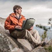 peli case macbook 1070cc euti na netbooka 4